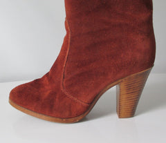 Vintage 70's Cinnamon Suede laether Knee High Boots & Original Box 8.5 - Bombshell Bettys Vintage