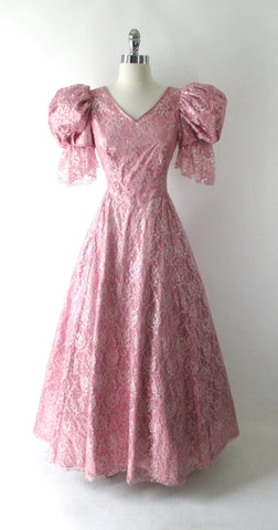 Vintage 80's Shimmering Pink Lace Renaissance Party Dress / Gown S