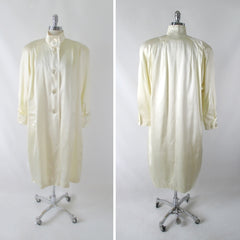 Vintage 80's Ivory White Satin Embossed Alligator Swing Coat L / XL - Bombshell Bettys Vintage