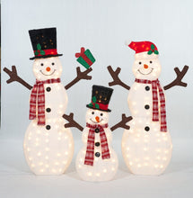 Load image into Gallery viewer, Set Of 3 UL Fluffy Snowman Family Sculpture