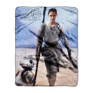 "Star Wars Episode 7 The Force Awakens ""Rebel Rey"" 40"" x 50"" Silk Touch Throw"