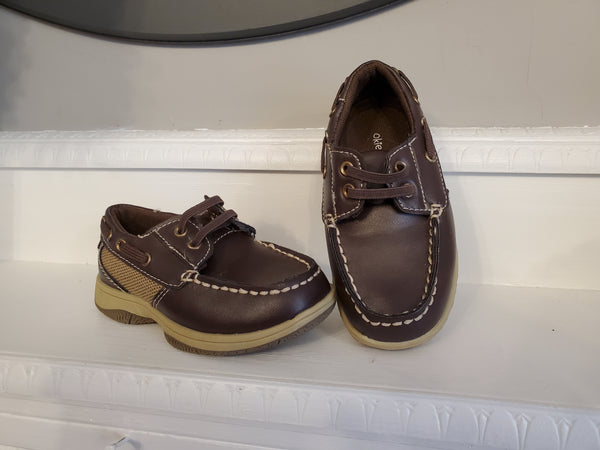 Okie Dokie Brown Shoes, 8T
