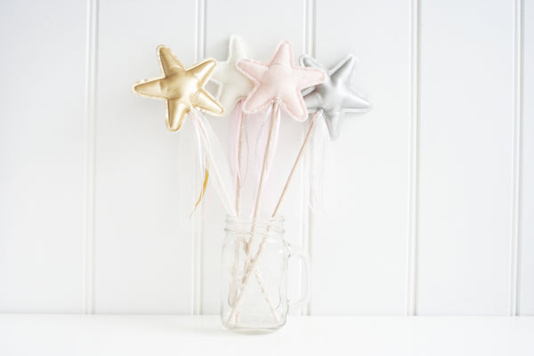 Alimrose Amelie Star Wand Pink Linen
