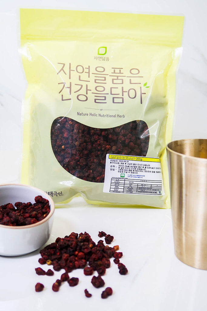 [Nature Holic] Mungyeong Grown Omija Berries (300 grams)