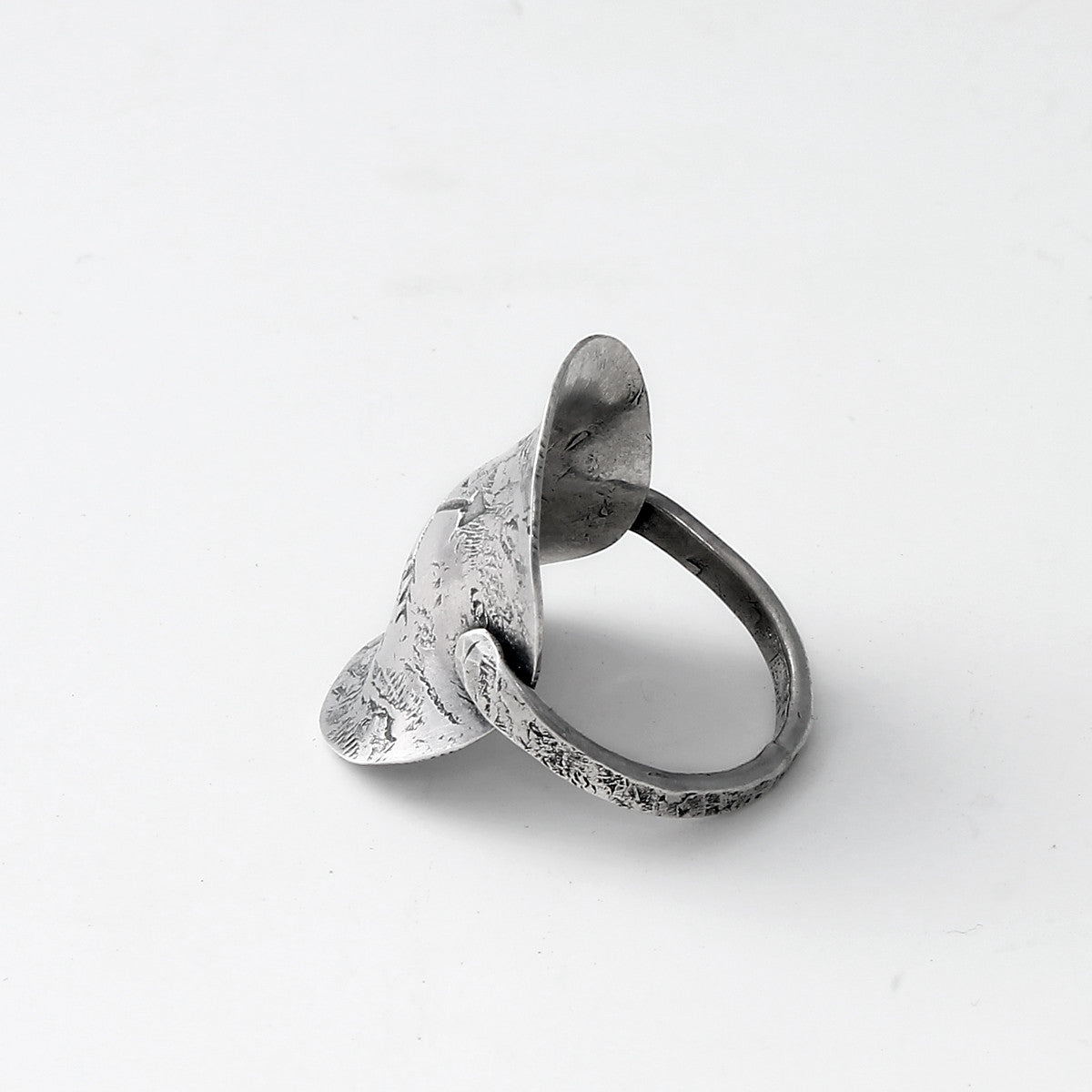 Textured Saddle Ring with Crossed Arrows