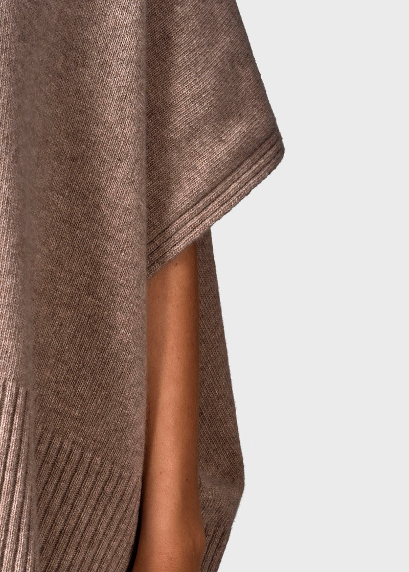 Klitmøller Collective ApS Alba knit poncho Knitted sweaters Sand