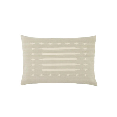 Lumbar pillow made of 100% cotton with a soft tribal pattern in a light cream and pale grey/blue.