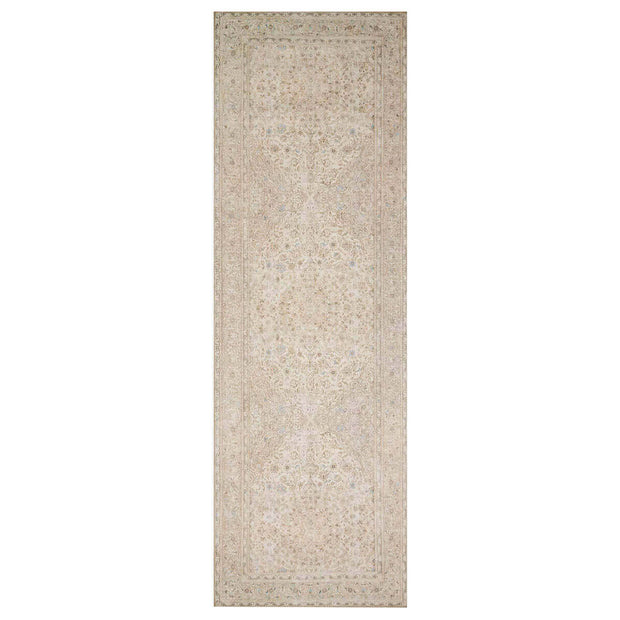 Lille Sand / Taupe Runner. Neutral light brown runner with a vintage inspired look.
