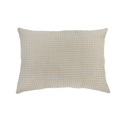 100% cotton waffle woven big pillow in a natural beige color. Beige pillow in stonewashed finish.