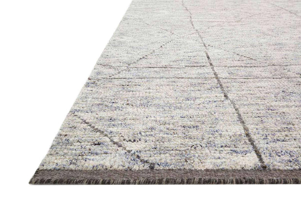 Texture and colour details of the Tallinn Slate / Grey Rug. Rug made from a sustainable textile. Bamboo and wool rug.