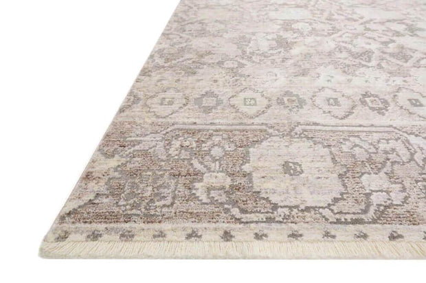 Colours and pattern of the Salina Grey / Taupe Rug. Neutral patterned traditional rug. Grey and light brown patterned rug.