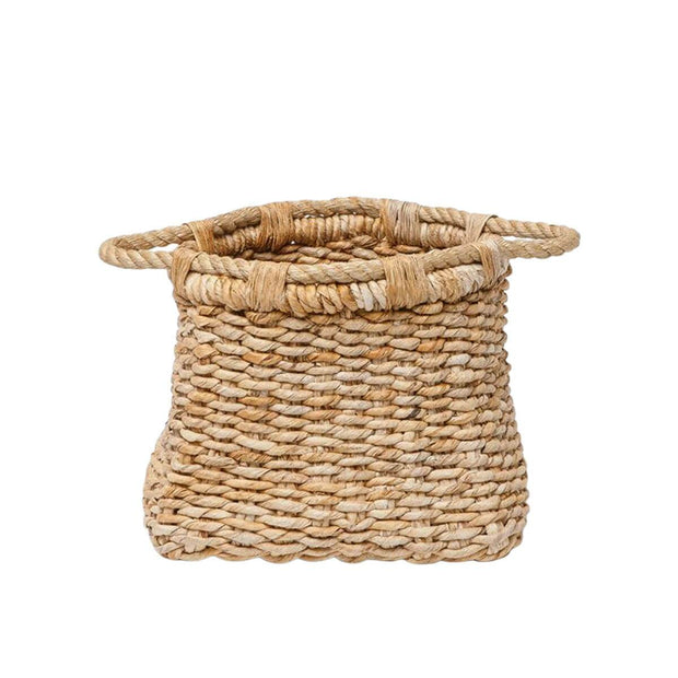 The small Molokini Basket is a volcano shaped basket made from woven banana leaf.