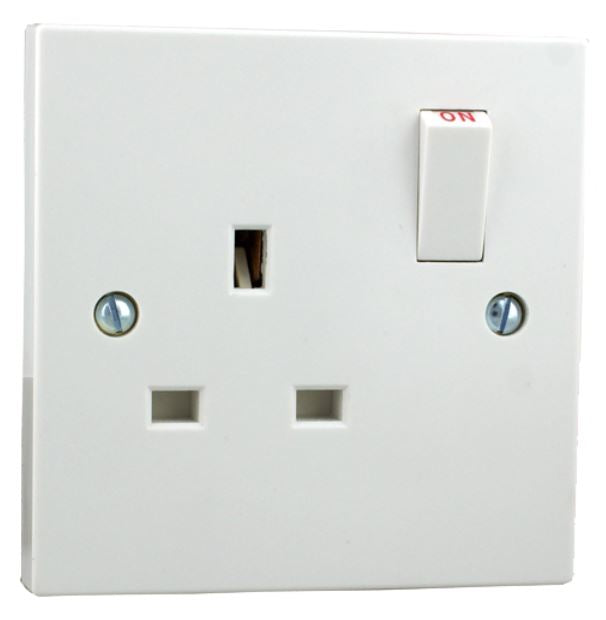 Standard - 1 Gang Switched Socket