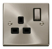 Load image into Gallery viewer, Deco Satin Chrome - 13A 1 Gang Switched Socket