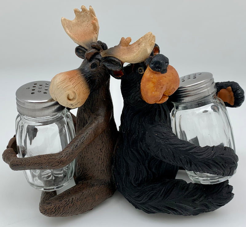 Moose & Bear Salt and Pepper Set