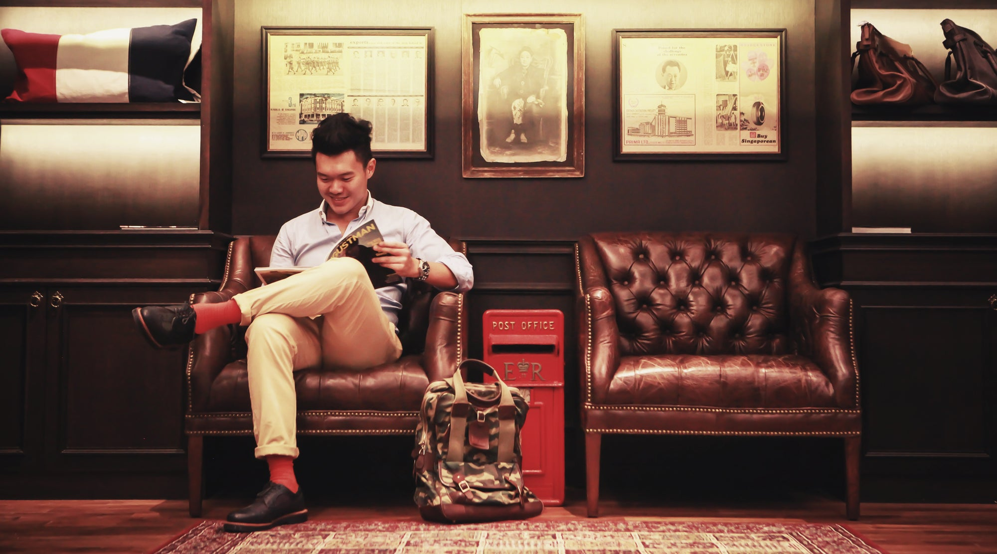 6th Oct | Creative Capital: The Singaporean entrepreneur who tells stories through clever bags (CNA Lifestyle)