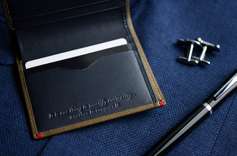 The Brighton Card Wallet exudes a Jungle Green full-grain leather hue on the outside with a deep shade of blue on the inside. Designed with a streamlined portrait aesthetic, its ideal for the urban gentleman who is inclined towards minimalism but is alway