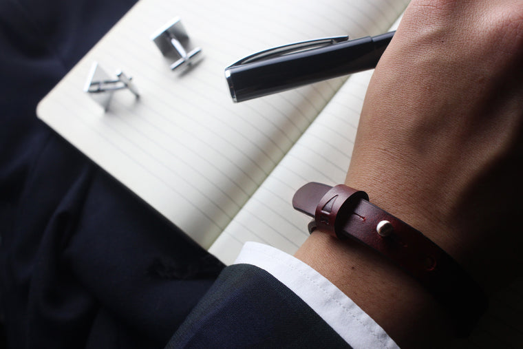 Assuming an understated yet elegant form, the Twine Single Bracelet in Oxblood accents your wrist with our lush full-grain leathers for that extra level of attention to detail.