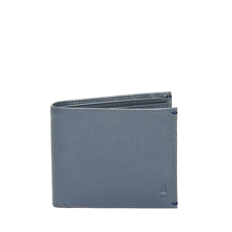 The Augustus Full-grain leather Coin Billfold in Grey hails from AUGUSTUS: An exclusive wallet collaboration with AUGUSTMAN to celebrate their 10th anniversary.