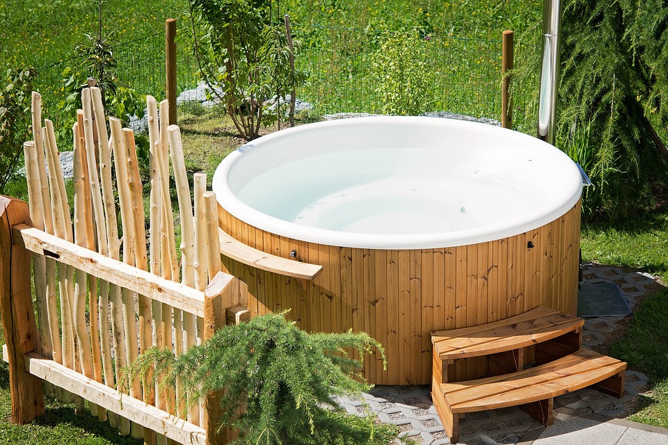 Danger Signals When Acquiring A Used Hot Tub Or Health Spa