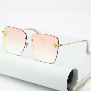 2020 New Fashion Lady Oversize Rimless Square Bee Sunglasses
