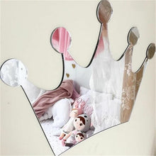 Load image into Gallery viewer, Decorative Princess Mirror