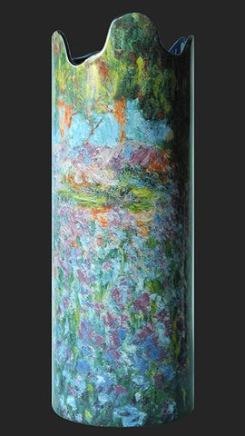 Silhouette d'art Vase by John Beswick - Monet - Monets Garden with Irises SDA31