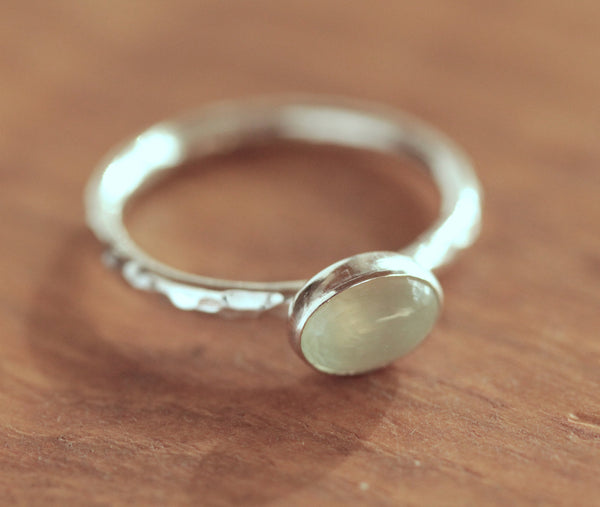 Prehnite Oval Stacking Ring