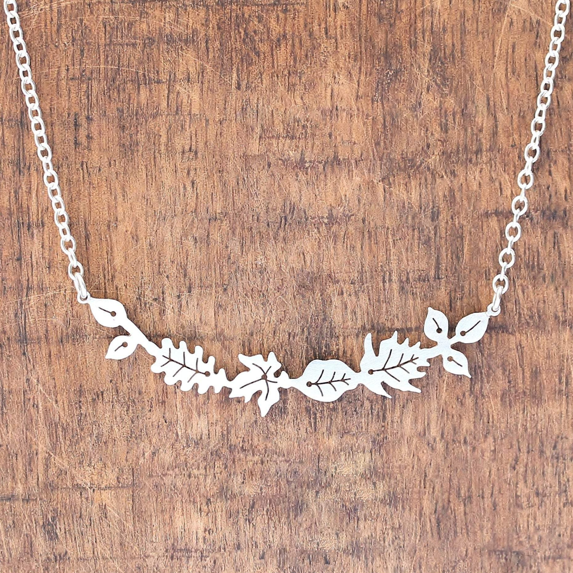 Dancing Leaves Bar Necklace