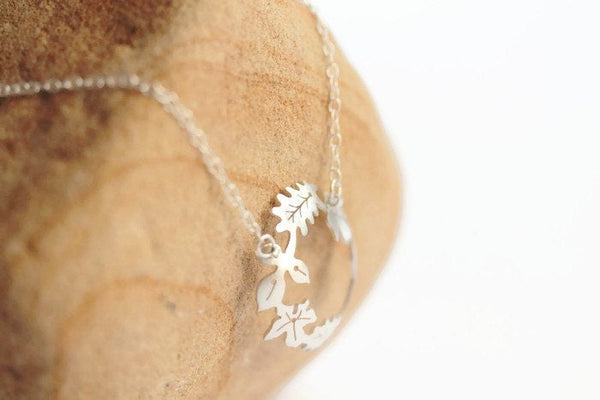 Dancing Leaves Hoop Necklace