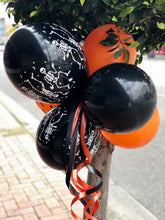 Load image into Gallery viewer, Halloween Gate Bunch of Balloons