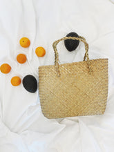 Load image into Gallery viewer, Everyday Handwoven Seagrass Tote
