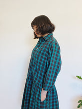Load image into Gallery viewer, 1980s Forest Drop Dress with Pockets