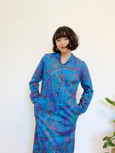 Load image into Gallery viewer, Abstract Print Dress with Pockets