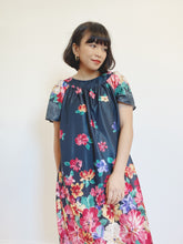 Load image into Gallery viewer, Romantic Floral House Dress