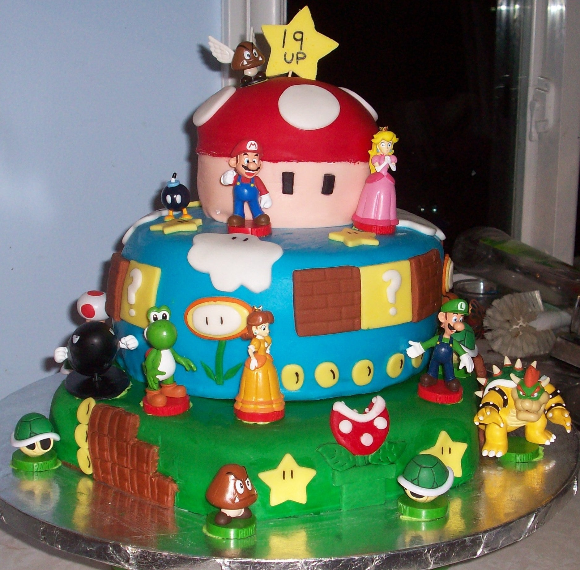 Brilliant Mario Themed Birthday Cake Smoochies Creations Funny Birthday Cards Online Alyptdamsfinfo