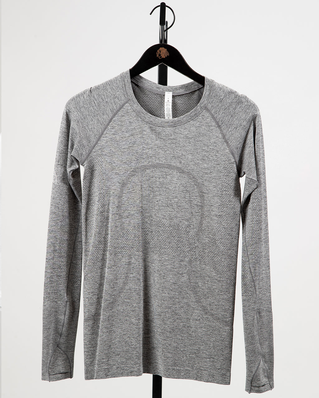 Ladies lululemon Gray Four Feather Swiftly Tech Long Sleeve