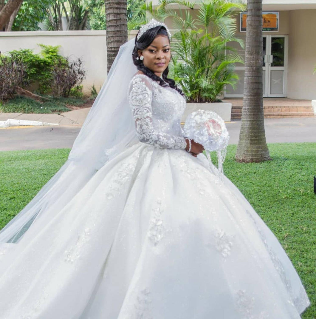 Modest Long Sleeves Ballgown African Wedding Gowns