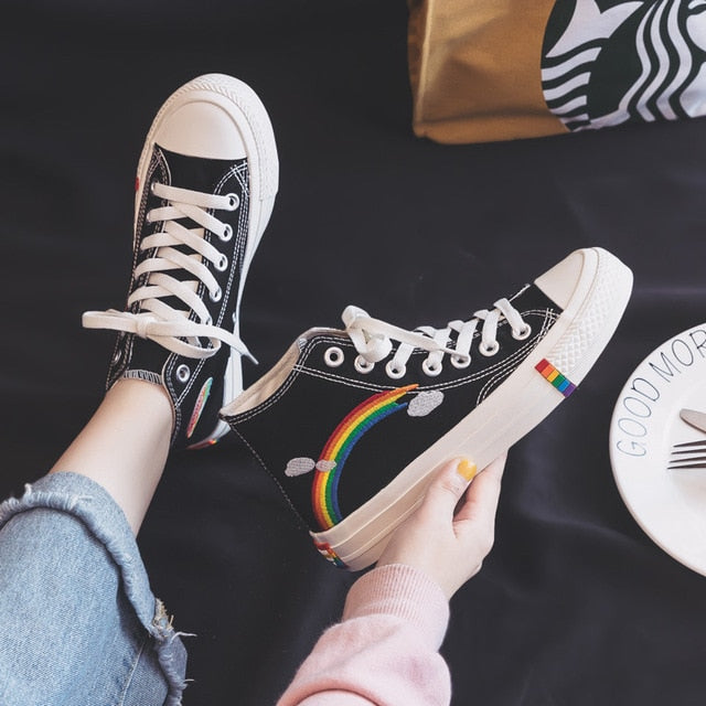 Woman New Rainbow Retro Canvas Vulcanized Sneakers
