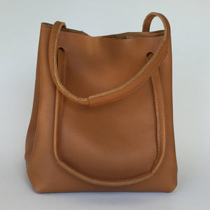 Aberdeen bucket bag