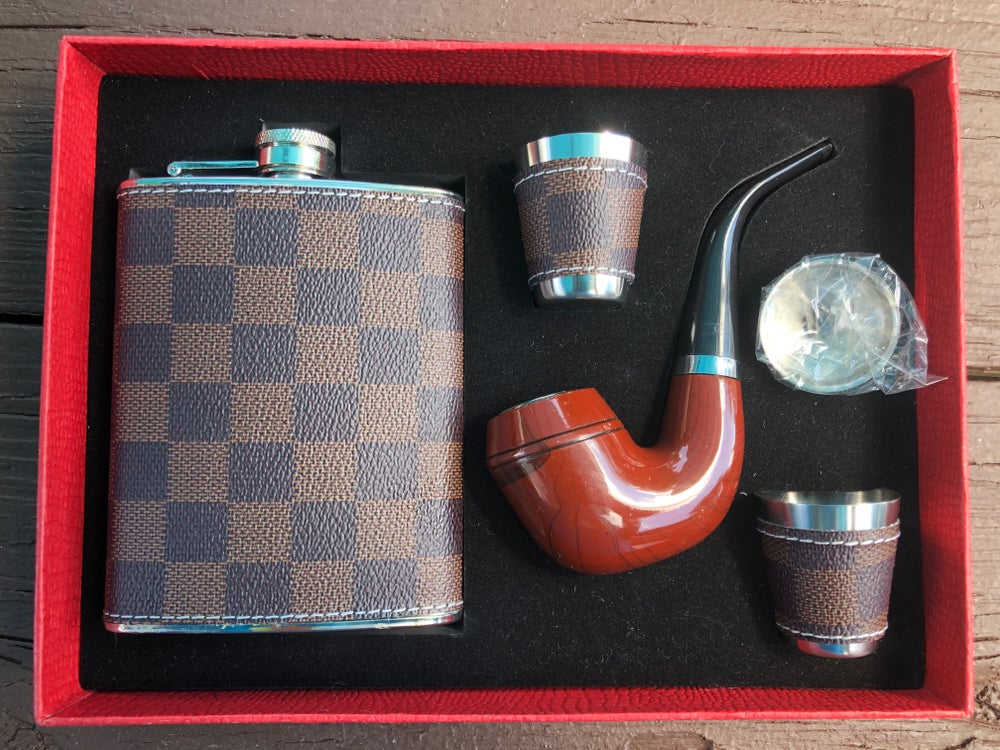"""Fouis Vuitton"" Puff & Sip Gift Set"