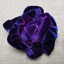 Load image into Gallery viewer, amethyst and sapphire  velvet Barrette
