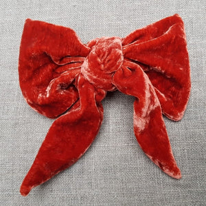 flame red Barrette