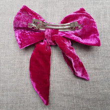 Load image into Gallery viewer, fuchsia velvet bow  Barrette