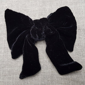 dark chocolate velvet bow  Barrette