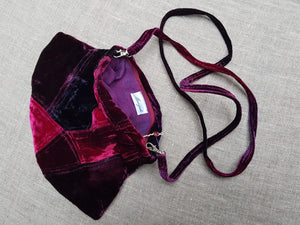 Summer Berries Velvet bag