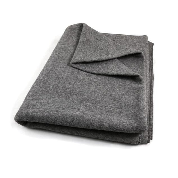 Wholesale Grey Fleece Winter Blanket Sold in Bulk