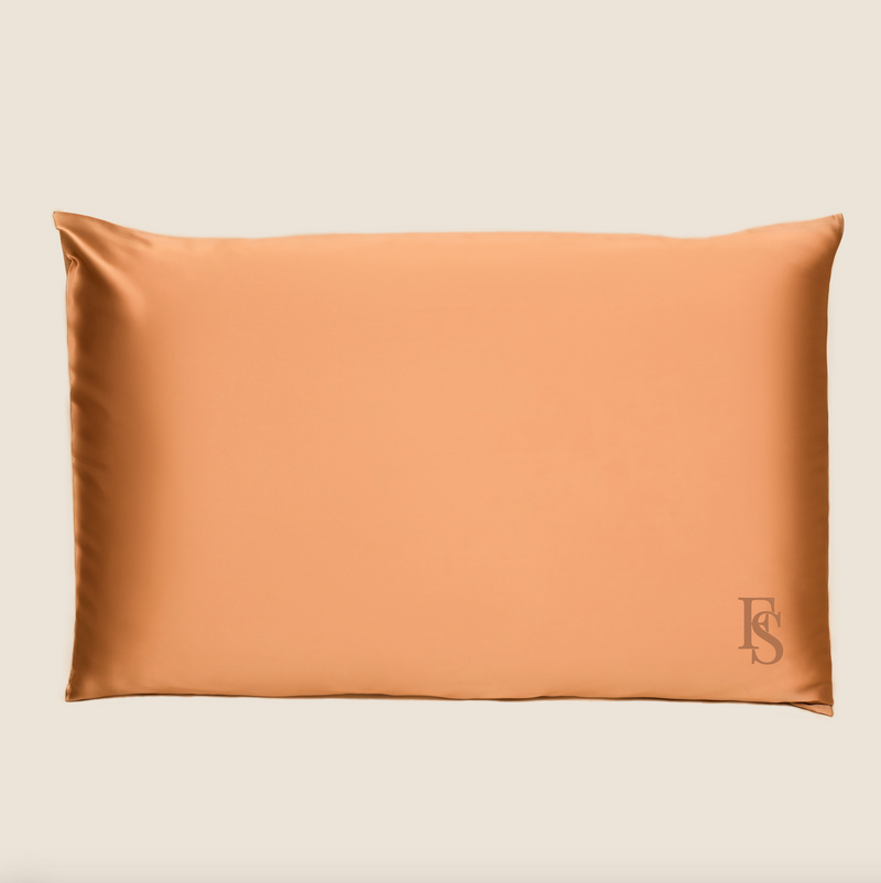 Silk Queen Pillowcase (Glossy Gold)