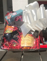 Tee shirt-themed gift basket