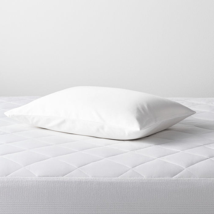 Cooling Pillow Protector (Standard/Queen) White - Made By Design